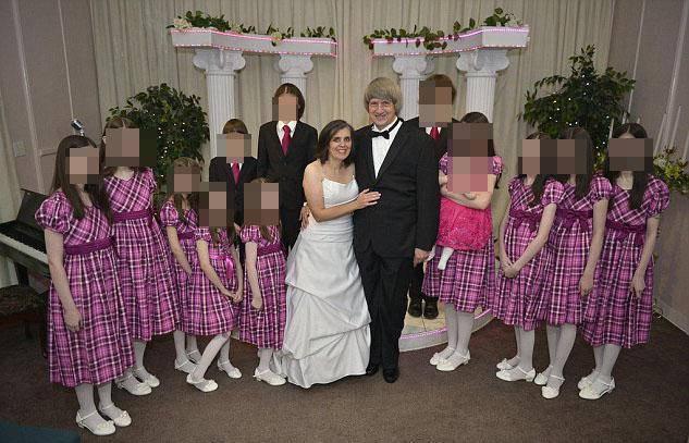 genitori di 13 figli