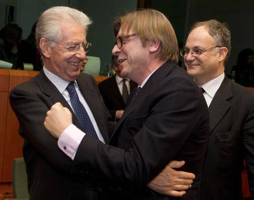 """Verhofstadt contro i governi sovranisti; £Vogliono distruggere l'Europa"""""""