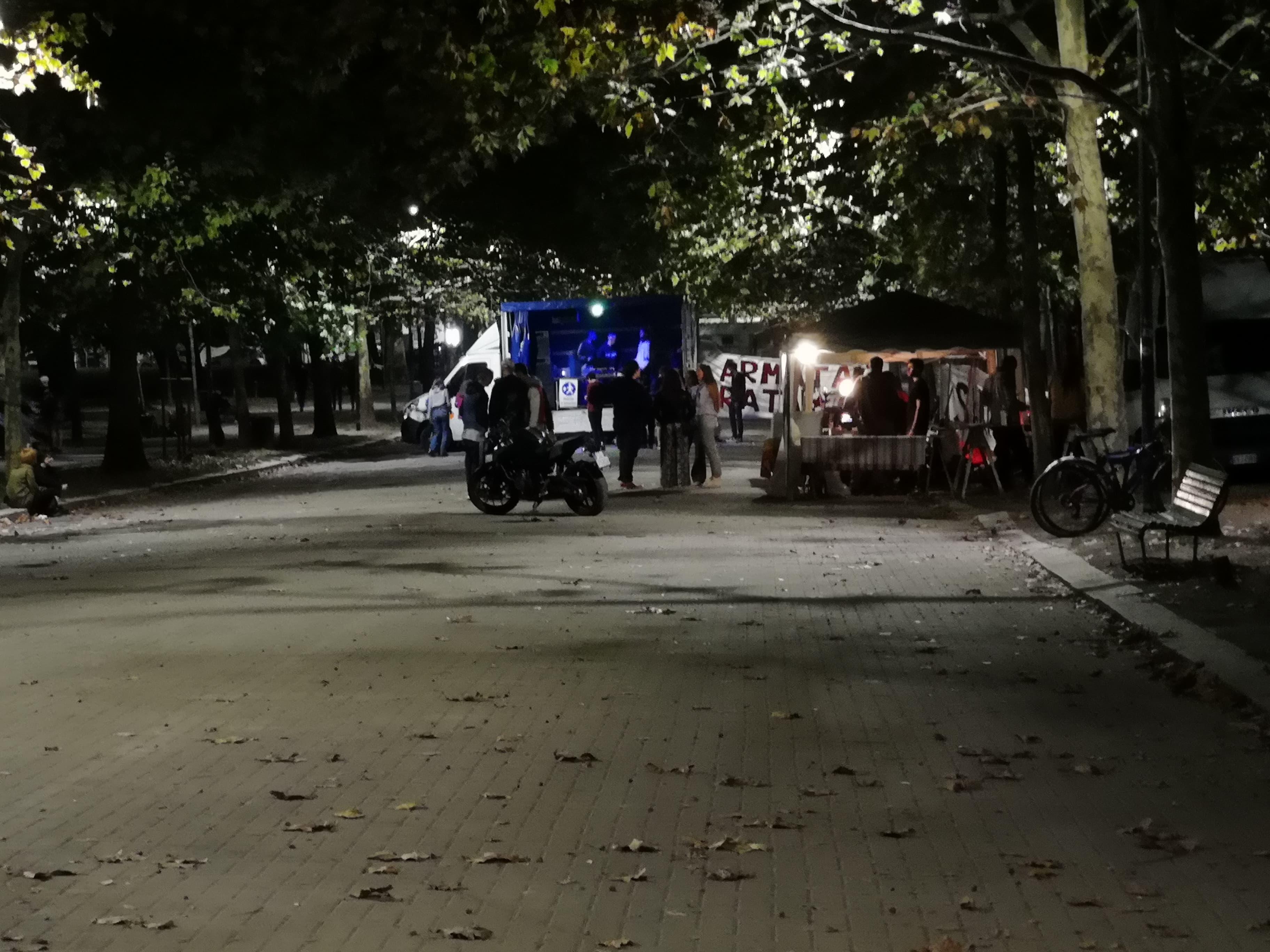 festa contro Salvini, un insuccesso