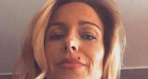 Sonia Bruganelli e le scarpe Chanel: il web insorge