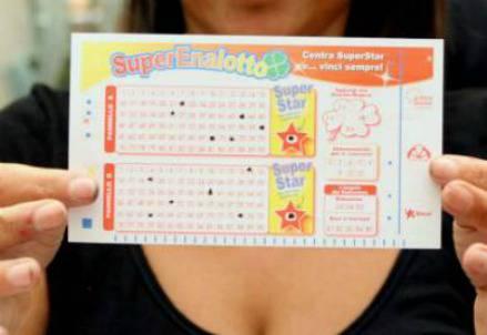 Estrazione Lotto e Superenalotto 8 dicembre