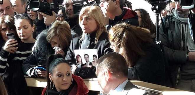 Strage del bus, Avellino. Rabbia dei parenti per la sentenza