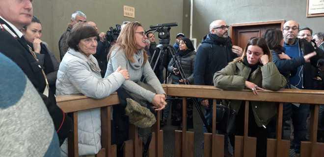 Strage di Avellino, rabbia per la sentenza che scagiona Castellucci