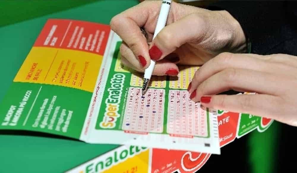 estrazione superenalotto lotto
