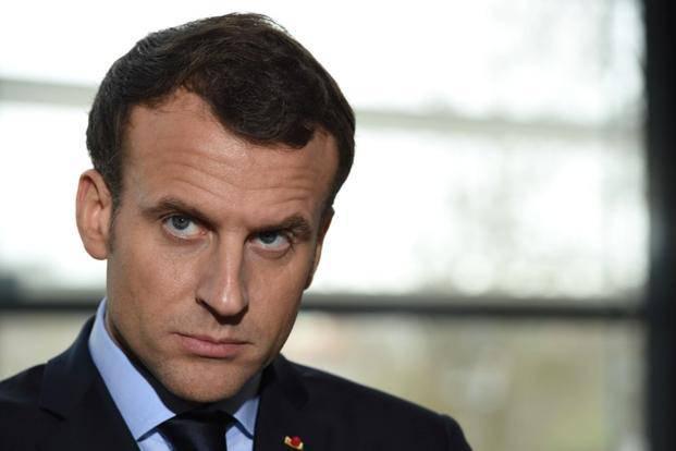 Emmanuel Macron ritira l'ambasciatore - Leggilo