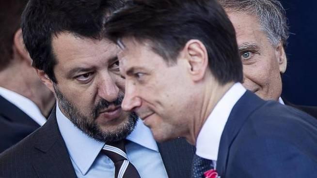 Giuseppe Conte attaccato nel Parlamento Europeo - Leggilo