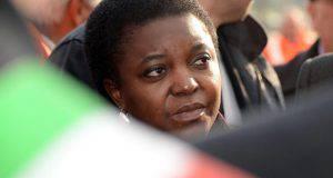 """Kyenge, parla il marito: """"Salvini ha ragione"""""""