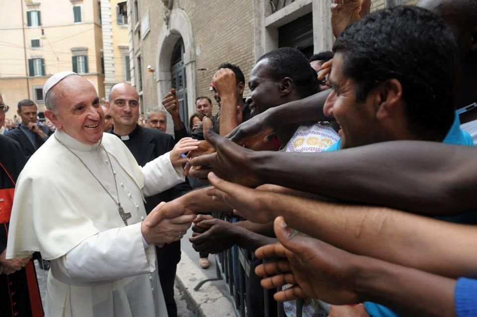 In Vaticano le lacrime degli abusati. Il pugno del Papa: misure concrete