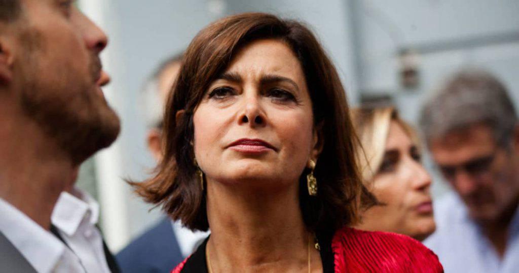 Laura Boldrini, politica migratoria criminale - Leggilo