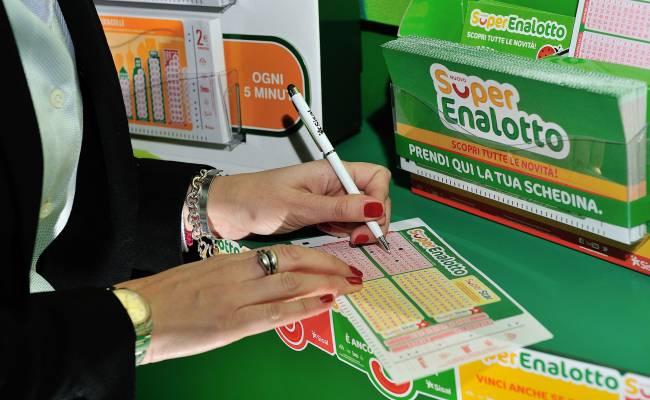 Estrazioni Lotto e SuperEnalotto di oggi 9 aprile