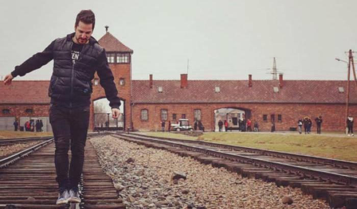 Auschwitz, troppe foto nel campo - Leggilo
