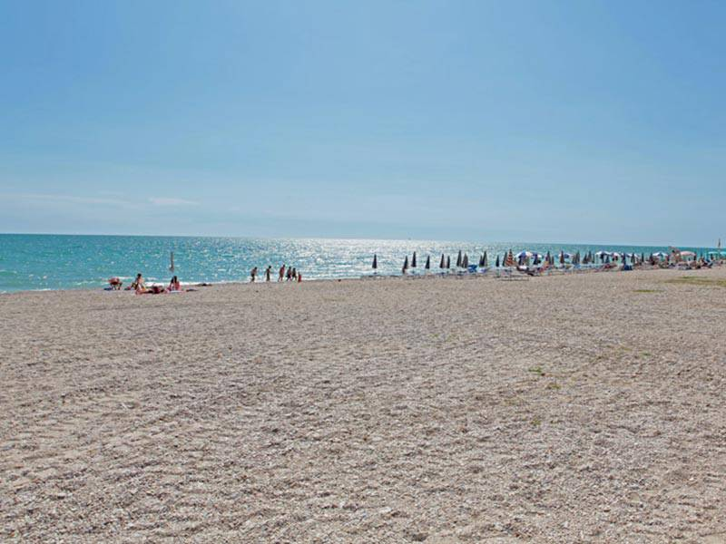 Donna muore sulla spiaggia - Leggilo