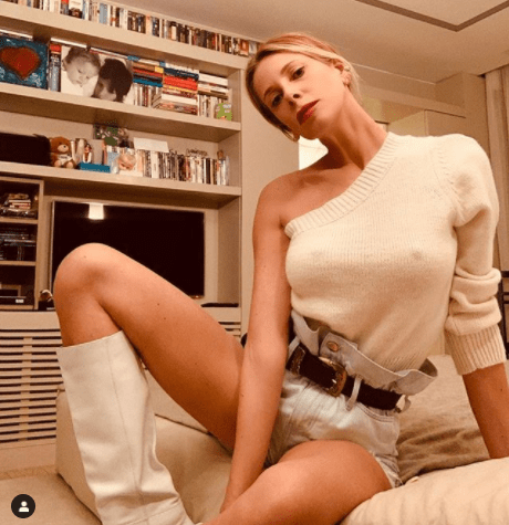 Alessia Marcuzzi scandalo senza reggiseno