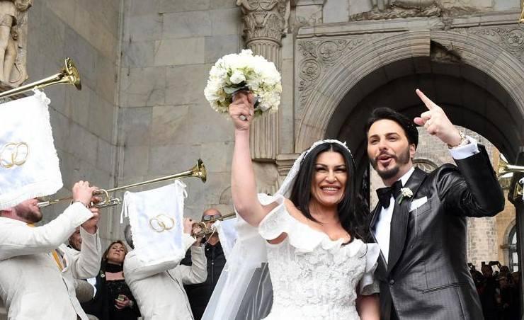 Tony Colombo sposa la vedova di un boss - Leggilo