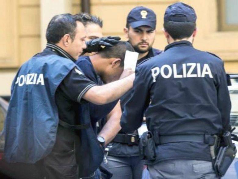 Taranto, quattro fratelli disabili violentati dalla madre