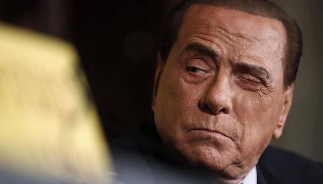Silvio Berlusconi trasportato d'urgenza - Leggilo