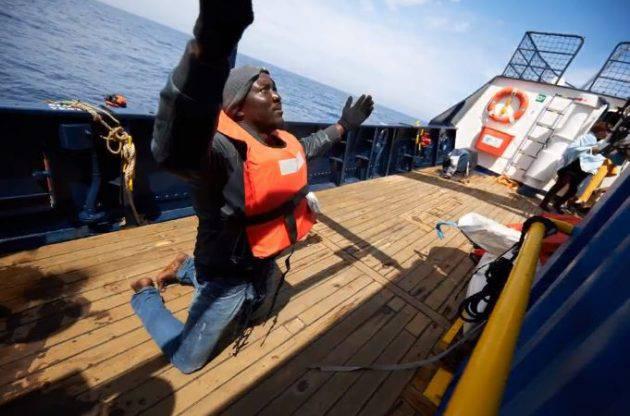 Alan Kurdi Verso Lampedusa - Leggilo