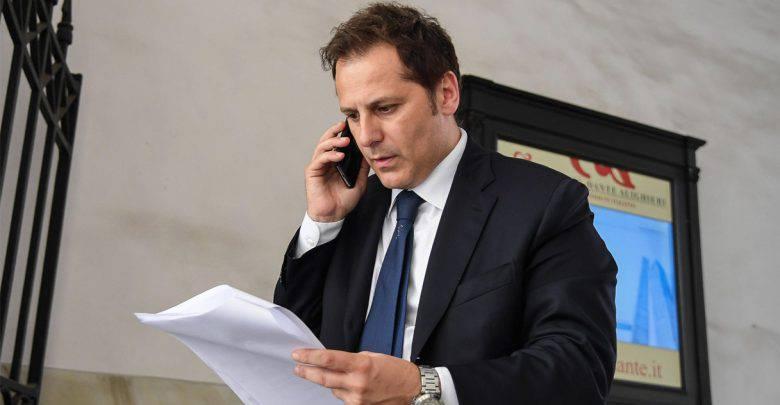 Armando Siri indagato per corruzione - Leggilo