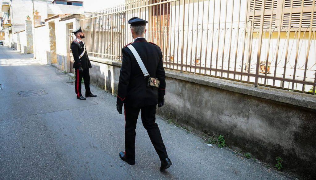 Bologna anziano uccide la moglie a bastonate - Leggilo