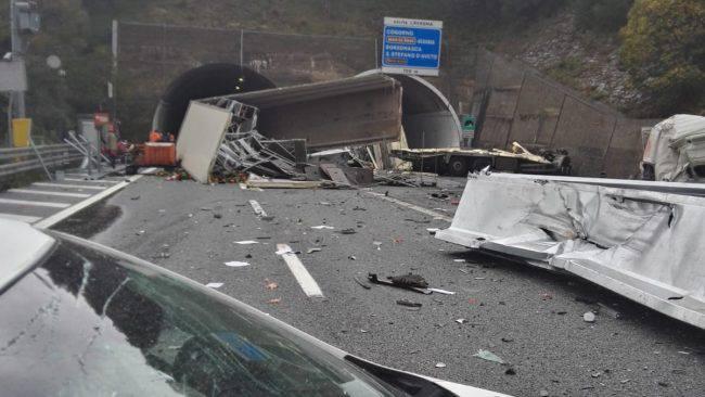Incidente autostrada A12,tra Lavagna e Sestri Levante - Leggilo