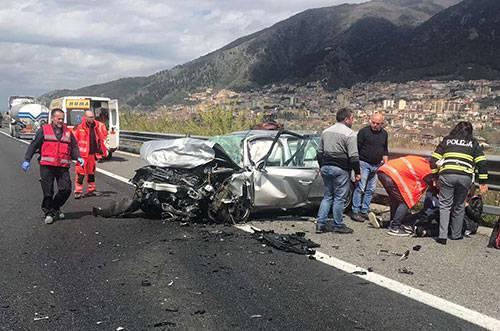 Contromano sull'autostrada Salerno-Reggio - Leggilo