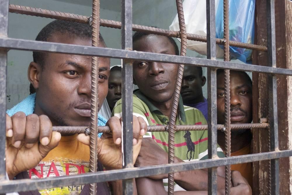 Papa Francesco vuole portare in Italia i migranti della Libia - Leggilo