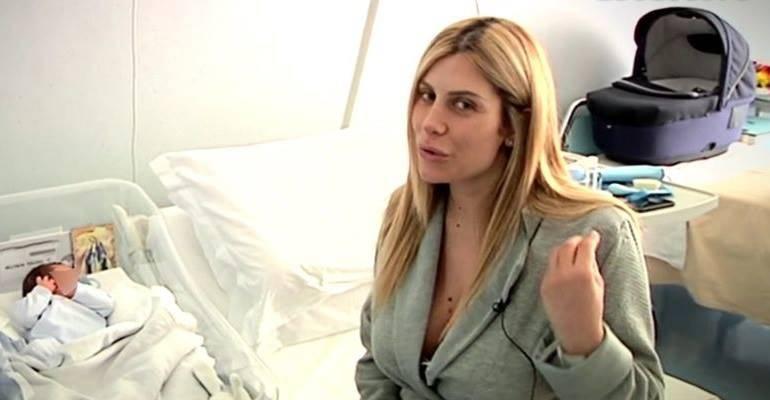 Paola Caruso incontra sua mamma - Leggilo