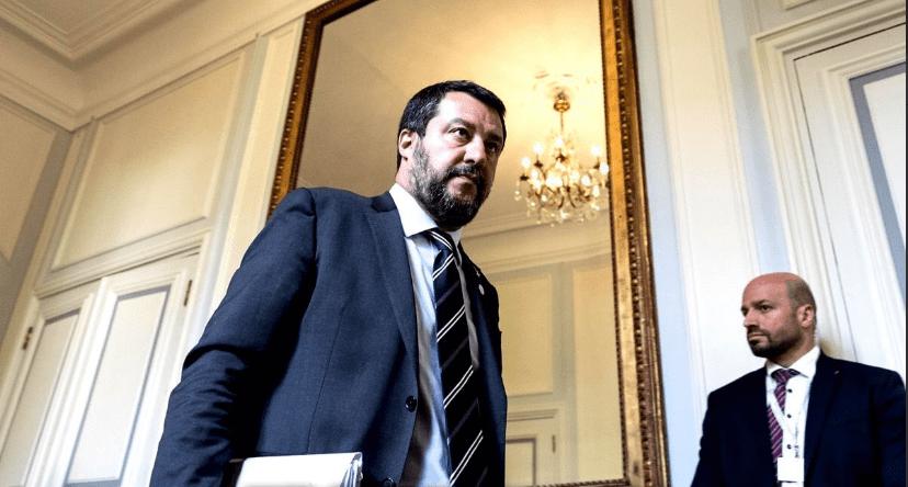 Matteo Salvini ferma la nave tedesca - Leggilo