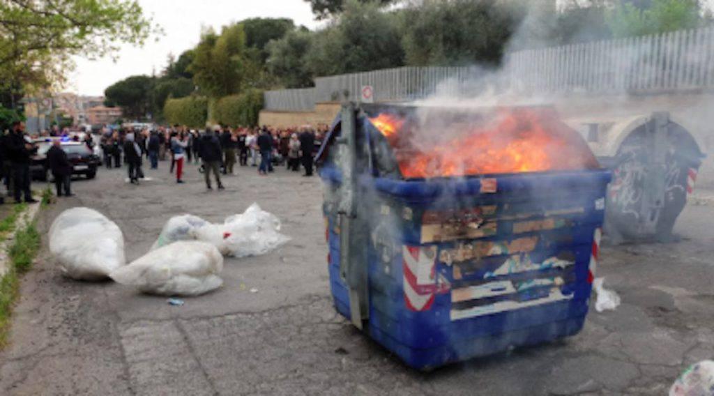 Roma guerra dei residenti di Torre Maura contro i rom - Leggilo