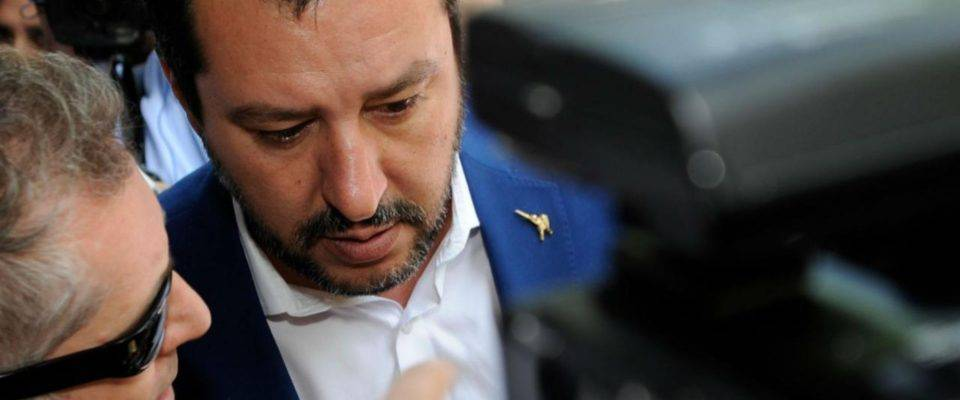 Sea Watch. Salvini indagato per sequesto di persona - Leggilo