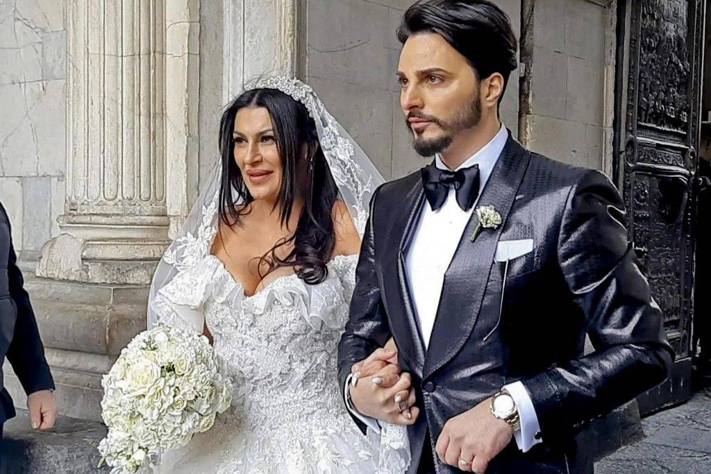 Tony Colombo, matrimonio contestato a Napoli - Leggilo