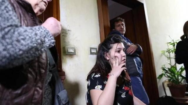 Noemi Fasciano occupa la casa dei rom - Leggilo