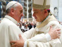 Vaticano sfratto - Leggilo