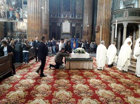 Funerale Leonardo Russo bambino ucciso omicidio Novara - Leggilo