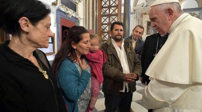 Papa Francesco incontra i Rom di Casal Bruciato - Leggilo