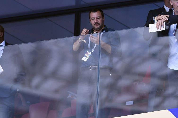 Salvini voli di Stato - Leggilo