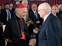 Salvini e i simboli religiosi Bagnasco- Leggilo
