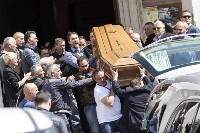 Lorenzo Sciacquatori funerali - Leggilo