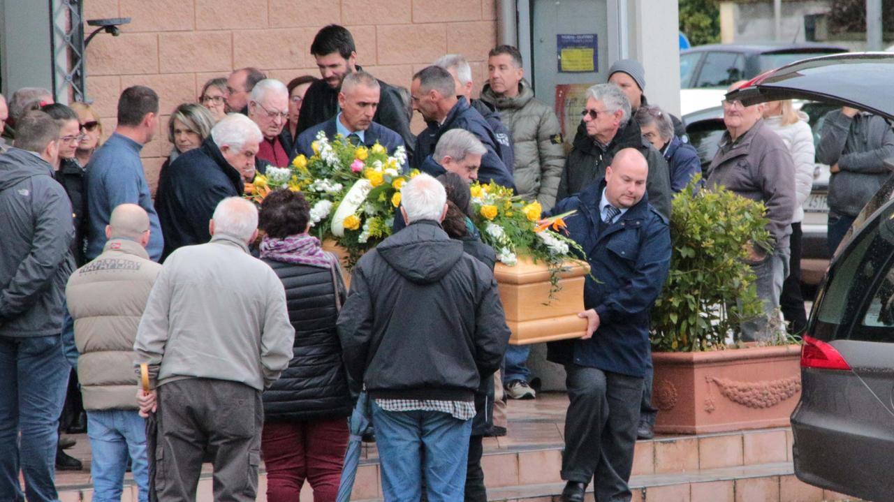 roberto castellari funerali - Leggilo