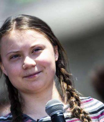 Greta Thunberg salta scuola - Leggilo