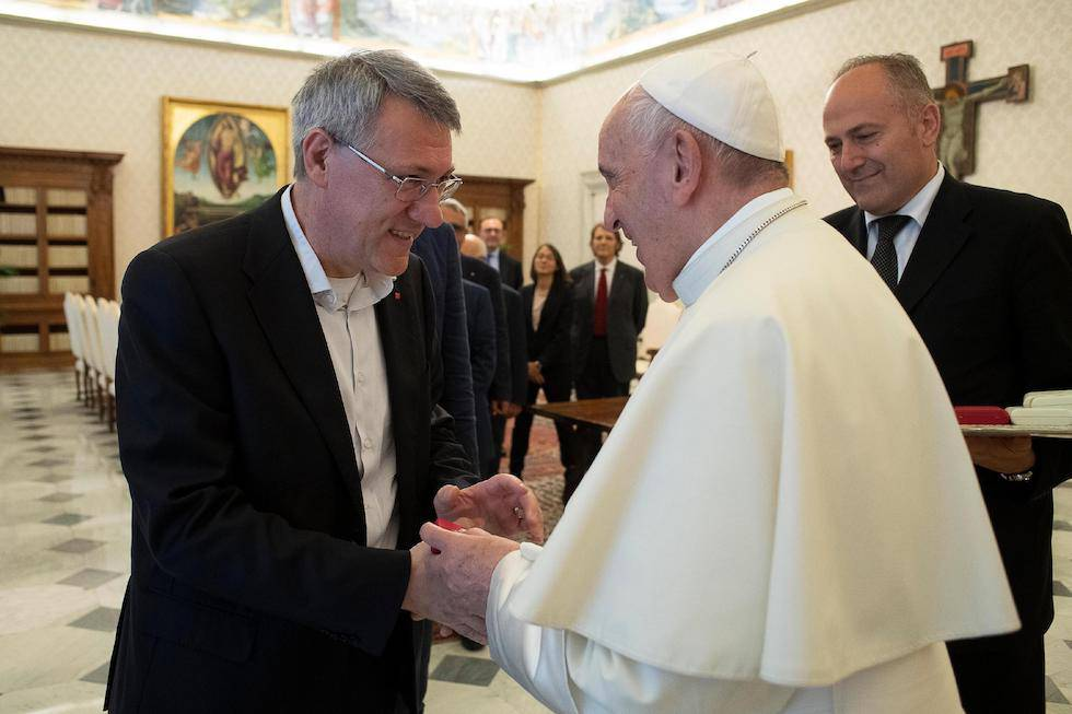 Papa Francesco incontro Landini Cgil udienza privata immigrati - Leggilo