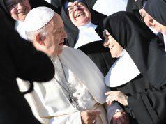 Papa chiude ordine suore - Leggilo