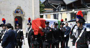 Funerale Emanuele Anzini - Leggilo