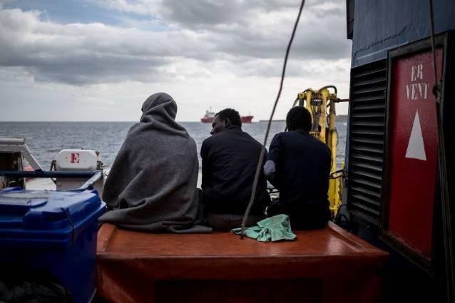 Sea Watch Lampedusa rifiuta sbarco a Tripoli - Leggilo