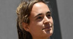Carola Rackete chiude fb - Leggilo