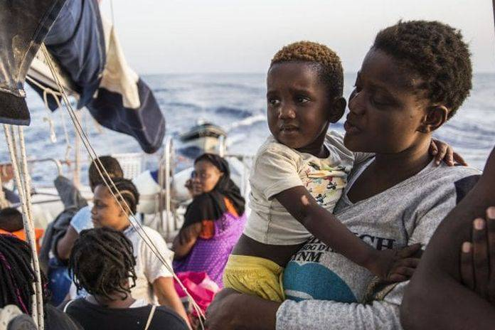 Alex punta verso Lampedusa - Leggilo