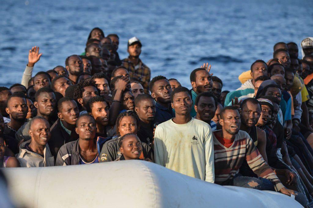 Migranti trattati come bestie - Leggilo