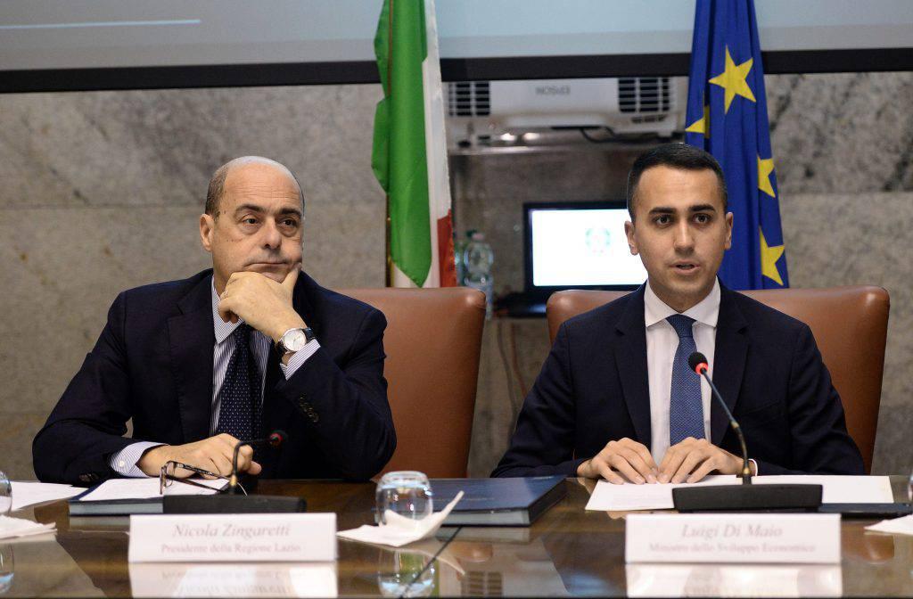 Governo M5s PD scontro alta tensione programma presidente del Consiglio Giuseppe Conte post Facebook Alessandro Di Battista - Leggilo