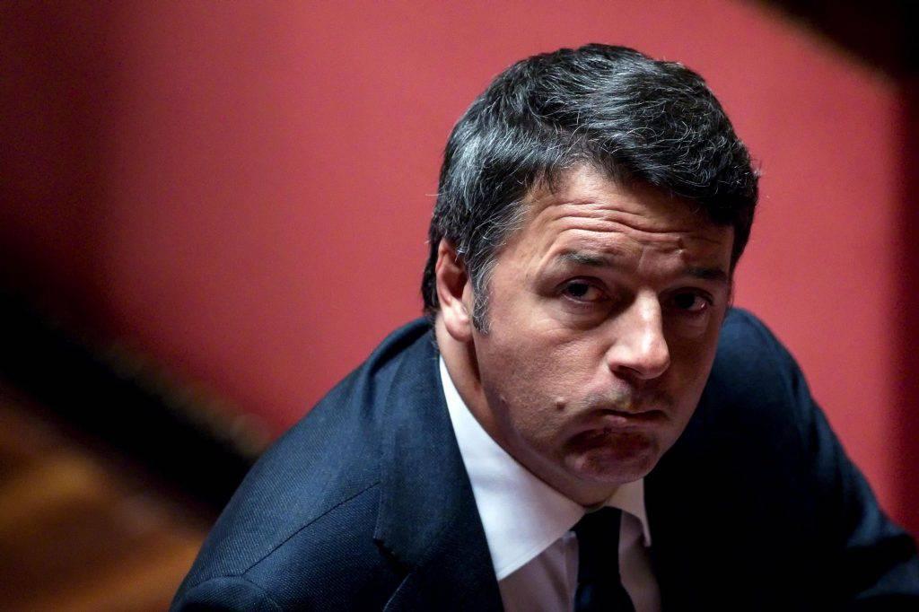 Inno di Mameli, Renzi critica Salvini - Leggilo