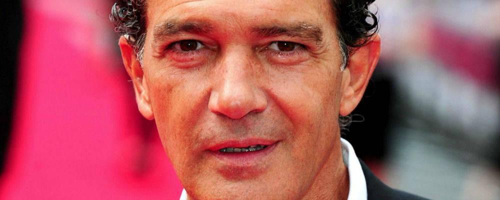 Antonio Banderas Open Arms - Leggilo